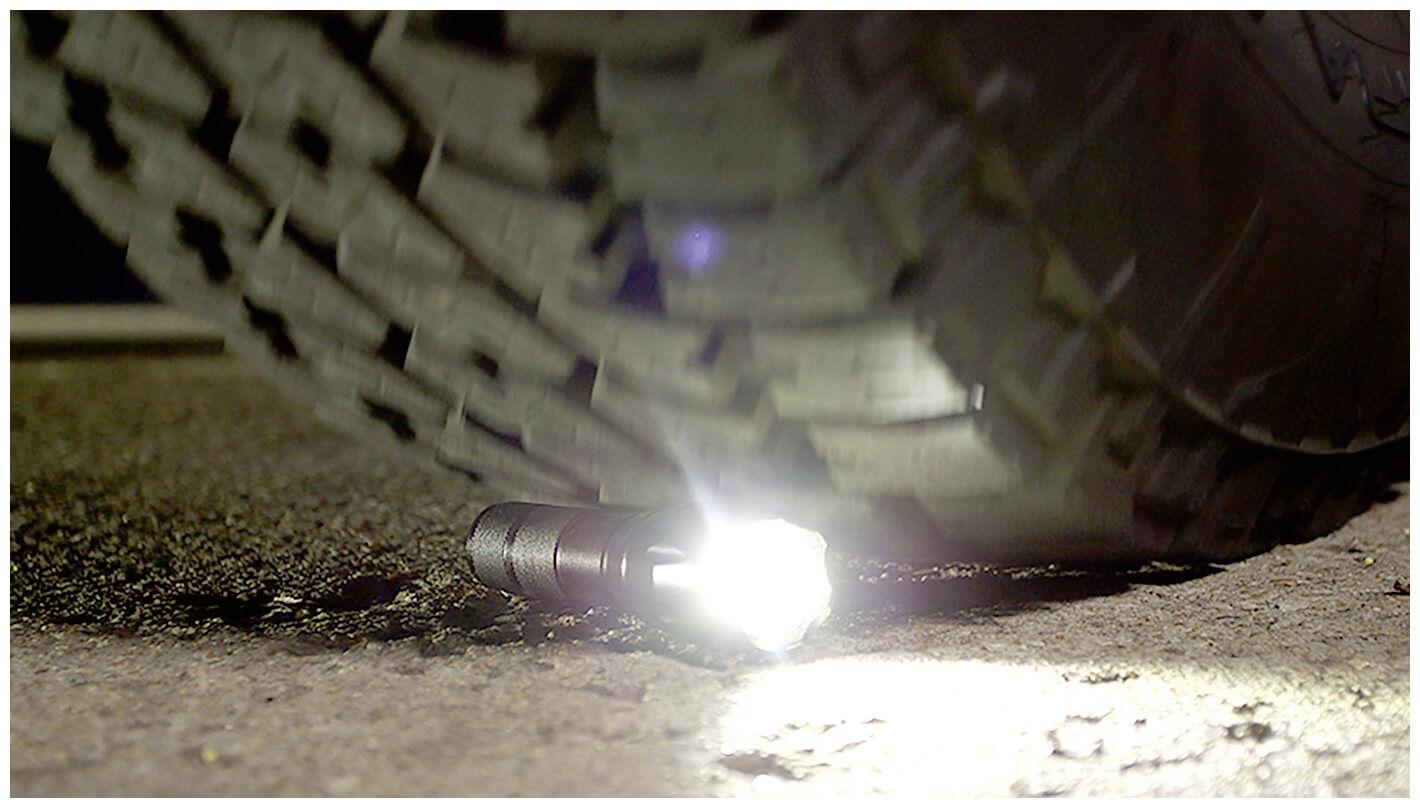 Tac Light Robuste Taschenlampe Kaufen